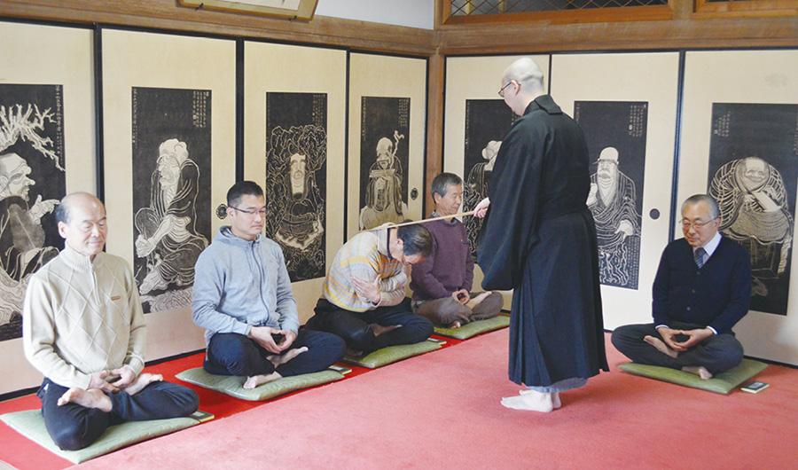 【佐倉市】移りゆく時代の中、自分を見つめ直す 佐倉で坐禅体験